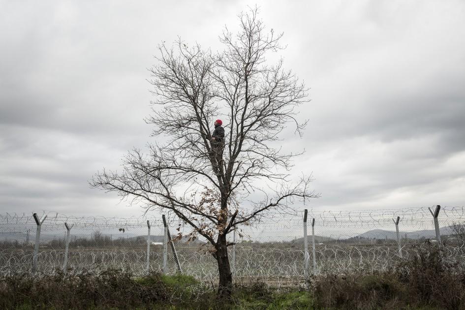 Olmo Calvo - Idomeni, border closed // Vijesti i događaji