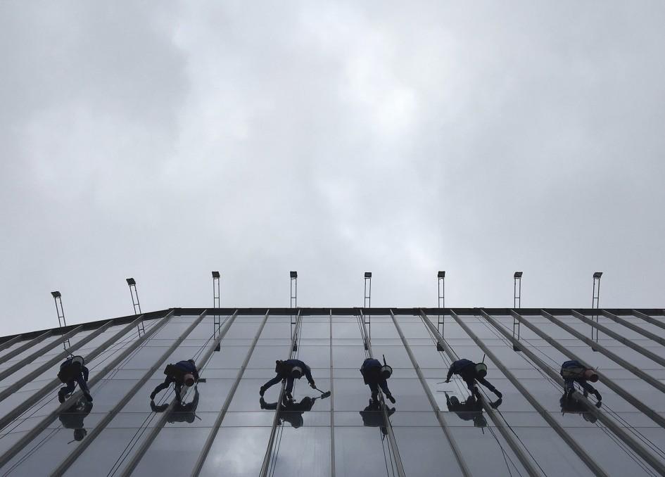 1 Eduard Korniyenko - Mobile phone photography - Workers